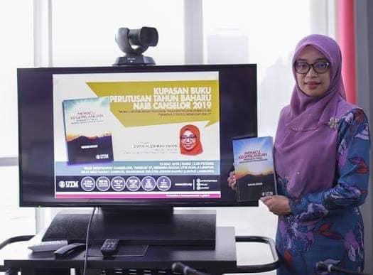 Book Review 'Memacu Kecemerlangan' – by Datin Huzaimah