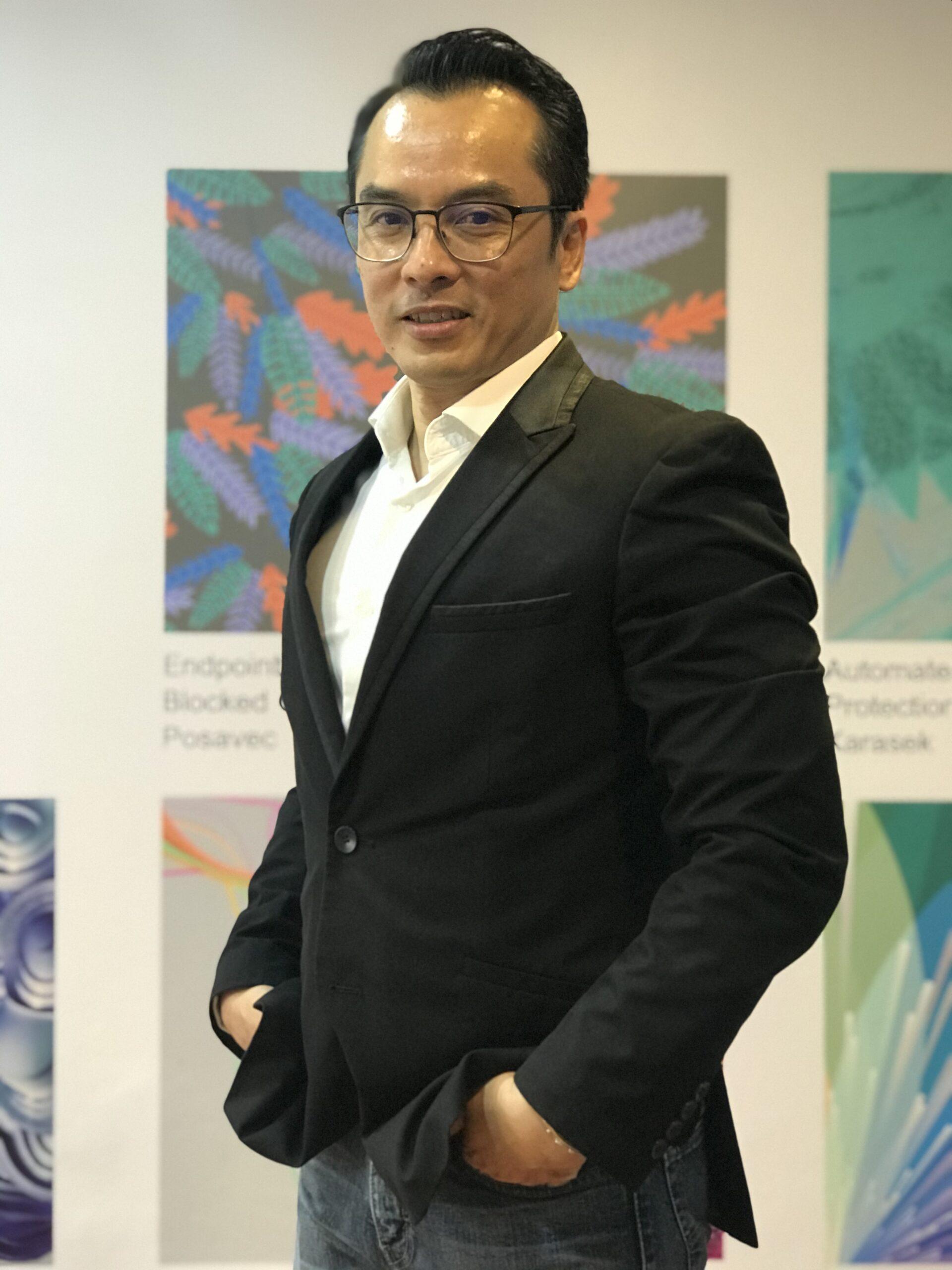 DR. ISKANDAR ILLYAS TAN